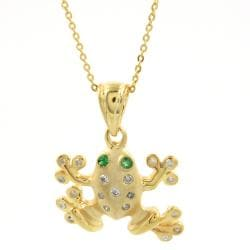 18k Goldplated Silver 1/6ct TDW Diamond and Emerald Frog Necklace (H-I, I1-I2)