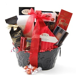 Holiday Sampler Sweet/ Savory Gift Basket.