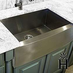 Highpoint Collection Stainless Steel 30-inch Farmhouse Apron Sink